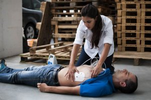 Workplace First Aid: Essential Defibrillator Training